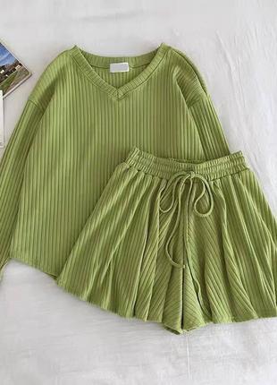 Костюм кофточка + шорты 😍 цвета: чёрный, серый, беж, зелёный2 фото