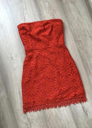 Красное платье / червоне плаття / гипюровое платье