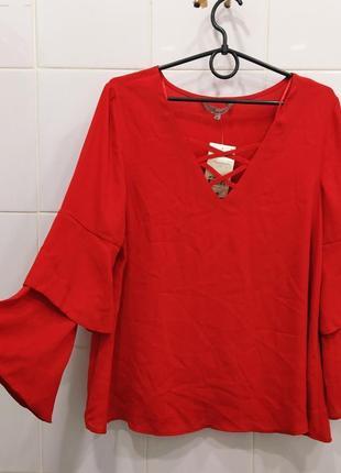 Милейшая шифоновая блуза с переплетом на груди