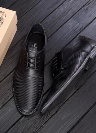 Чоловічі шкіряні літні туфлі, чорні / мужские кожаные летние туфли, черные,vankristi classic