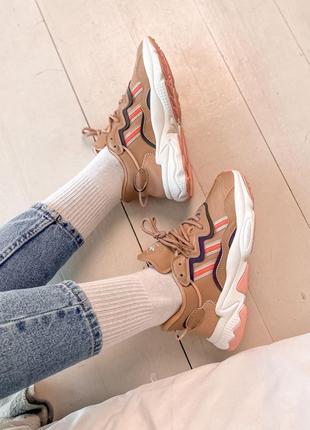 Женские кроссовки adidas ozweego beige / бежевый, премиум