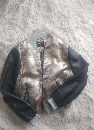 Курточка бомбер размер л