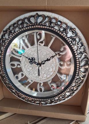Часы настенные в стиле прованс.