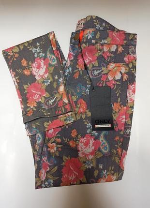 Джинсы с цветочным принтом only.брендовий одяг stock