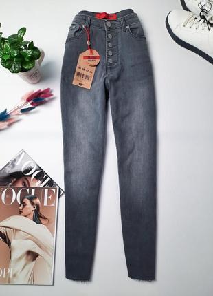 Новый летние джинсы на высокой посадке короткие мом момы mom