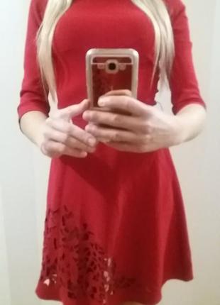 Элегантное красное платье. новое!