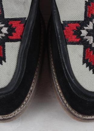 Мужские туфли с узором вышивкой asos, размер 433 фото