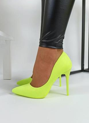 Яркие туфли лодочки желтый неоновый