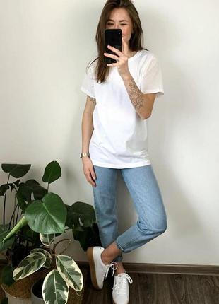 Біла базова футболка4 фото