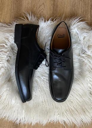 Новые натур. кожаные туфли дерби clark's