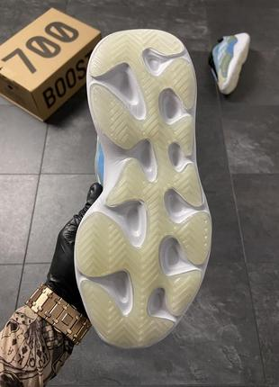 Кроссовки adidas yeezy boost 700 v3 blue10 фото