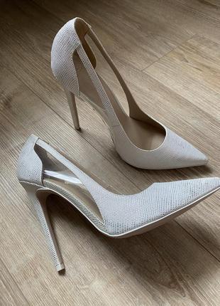 Белые с серебром туфли asos асос оригинал новые