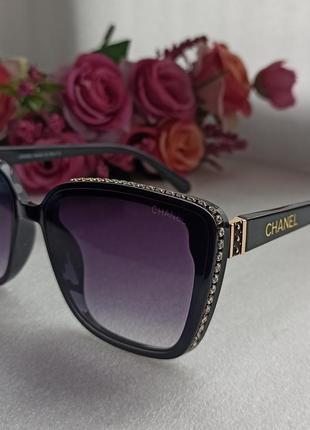 Новые красивые очки с камушками по бокам 🔥
