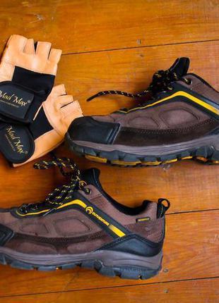 Отличные фирменные ботинки outventure.