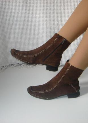 Кожаные полусапожки ботинки