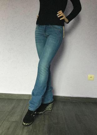 Новые прямые джинсы манго р 34 на бёдра до 88