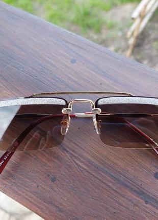 Солнцезащитные очки с уф-защитой , сонцезахисні окуляри