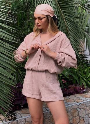 Комплект из рубашки с капюшоном и шорт розовый