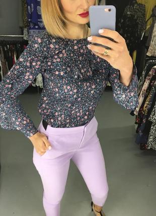 Бомбезна блуза, фірми cubus, в квітковий принт