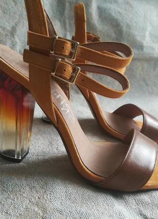 Босоножки с прозрачным каблуком,сандалі на широкому каблуку,босоножки david tyler