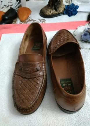 Туфлі шкіряні.
