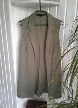 Удлиненный жилет без рукавов с английским воротником оливковый new look р m