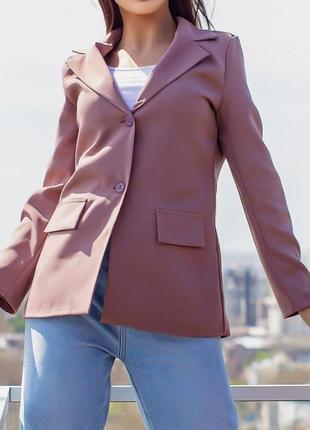 Отличный женский пиджак на подкладке