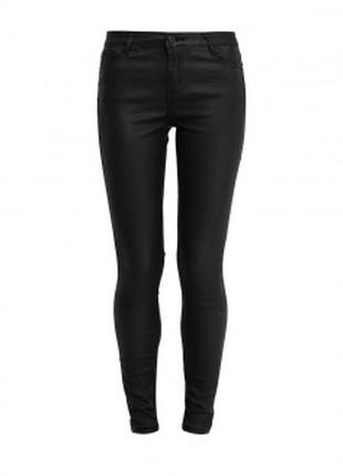 Черные джинсы с пропиткой