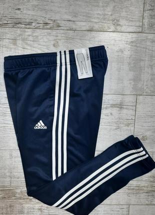 Новые спортивные брюки adidas
