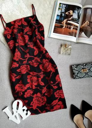 Платье в цветы черное платье на бретелях красные цветы сукня в квіти плаття