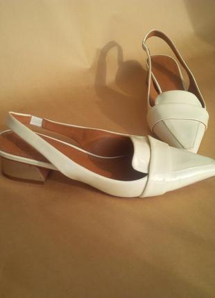 Стильные кожаные брендовые туфли босоножки tory burch италия оригинал в стиле chanel