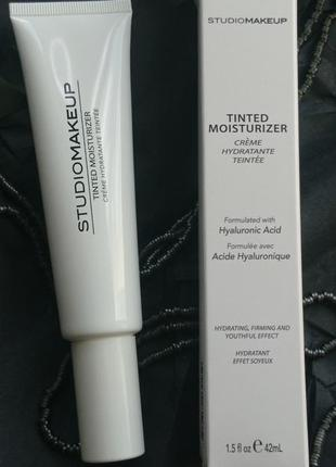Увлажняющий оттеночный крем studiomakeup tinted moisturizer