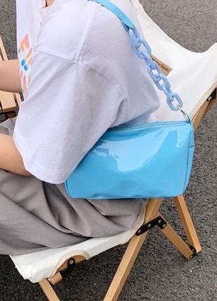 Глянцевая сумка багет🤍