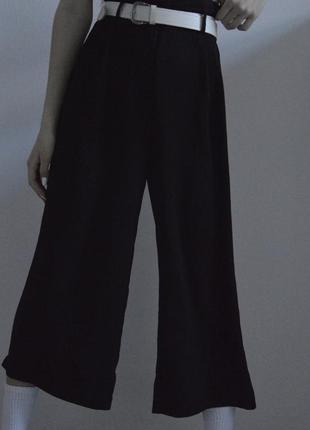 Кюлоты чёрного цвета