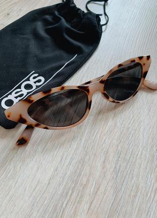 Очки солнцезащитные asos