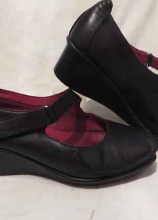 Туфли кожа clarks 40 размер