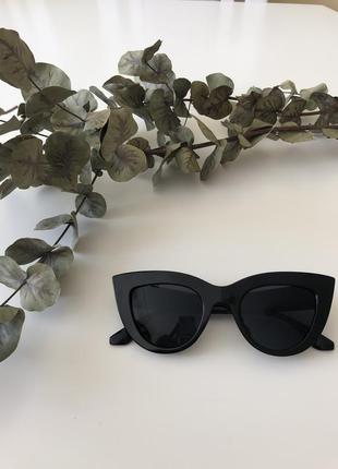 Шикарные трендовые очки кошечки
