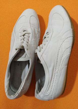 Кросовки кожаные