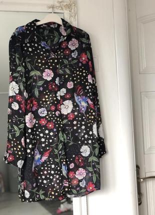 Удлиненная шифоновая блуза с цветами