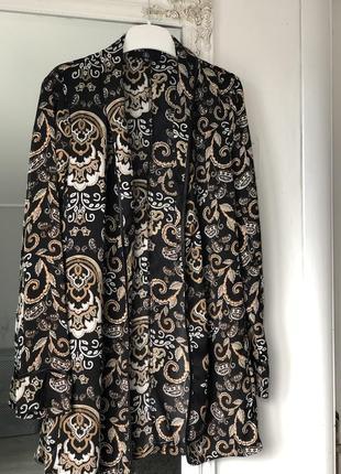 Лёгкий сатиновый пиджак с узором