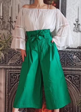 Модные яркие кюлоты с карманами zara