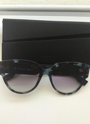 Сонцезахисні окуляри christian dior