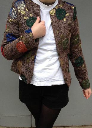Женский модный стильный пиджак