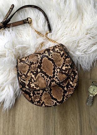 Коричневая сумка кросс-боди reserved со змеиным принтом