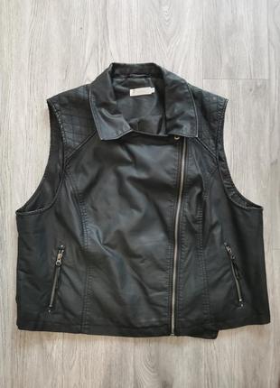 Стильная кожаная жилетка/безрукавка jakes