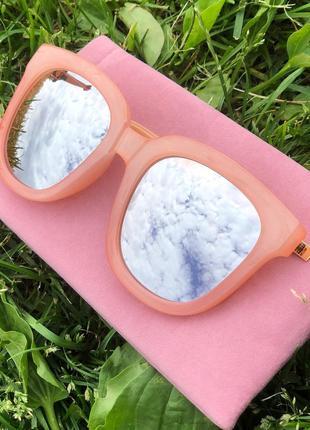 Потрясающие солнцезащитные очки 😎