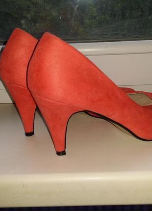 Розовые коралловые лососевые замшевые туфли лодочки с открытым носком на каблуке elisabeth