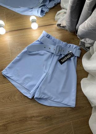 Новые голубые актуальные шорты на высокой посадке на резинке с поясом boohoo 😍