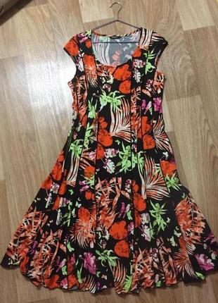 Летнее женское платье большой размер