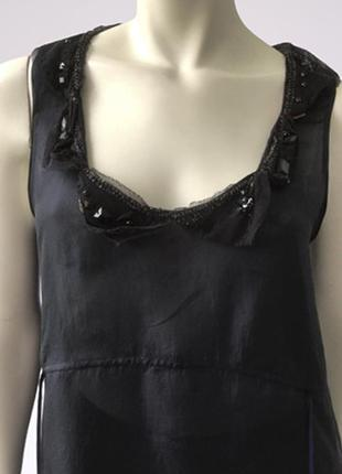 Шелковый топ блуза (100% шелк) со стразами и бисером по горловому вырезу бренда dkny